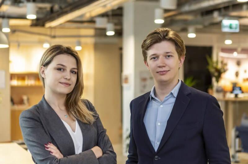 Maja Schaefer and Maciej Ciolek from Chatbotize