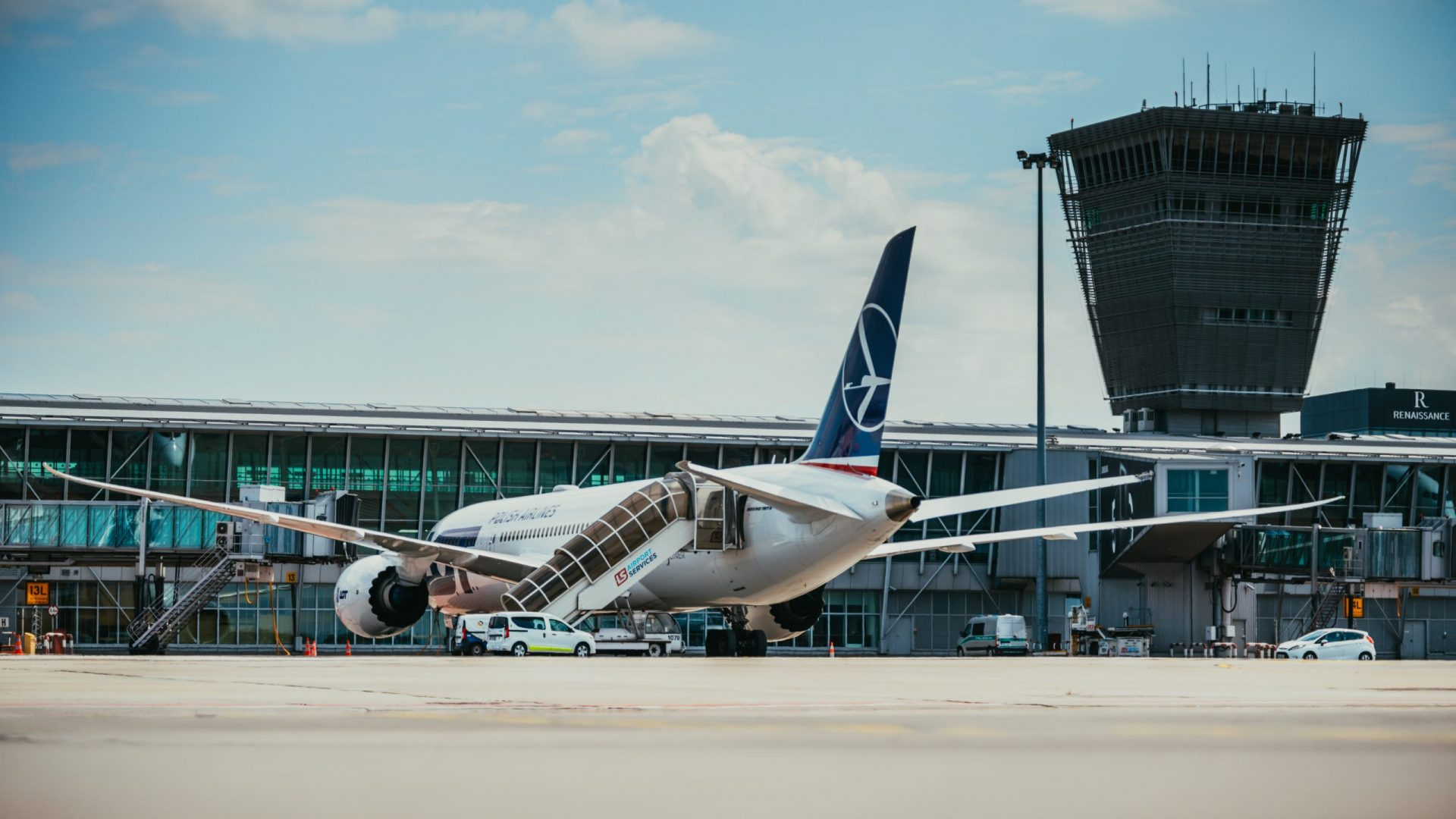 LOT Polish Airlines by Oskar Kadaksoo