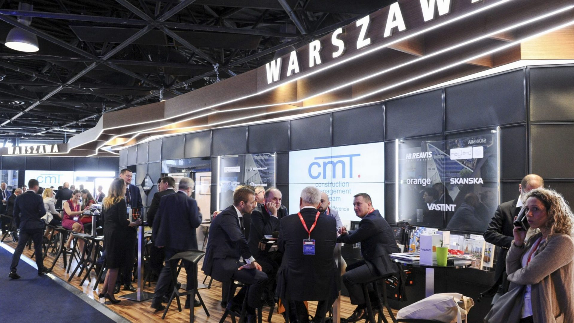 The Warsaw stand at MIPIM has traditionally been the centre point of Poland's presence. Other exhibitors from Poland have included the cities of Gdańsk, Katowice, Kraków, Łódź, Poznań and Wrocław